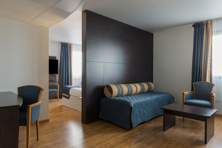 Hotel The OriginalsAlteora Poitiers Site du Futuroscope Suite