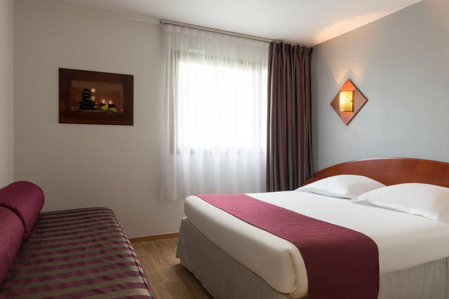 Hotel The OriginalsAlteora Poitiers Site du Futuroscope Chambre