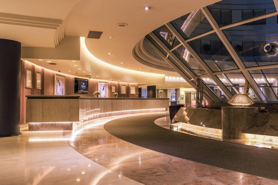 Hilton Paris La Défense **** Lobby