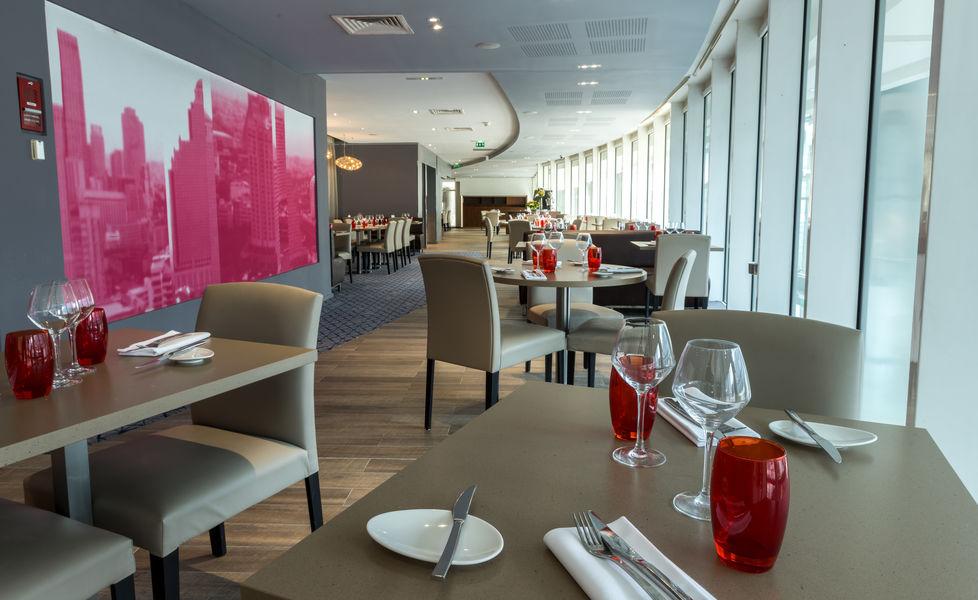 Hilton Paris La Défense **** Restaurant Côté Parvis