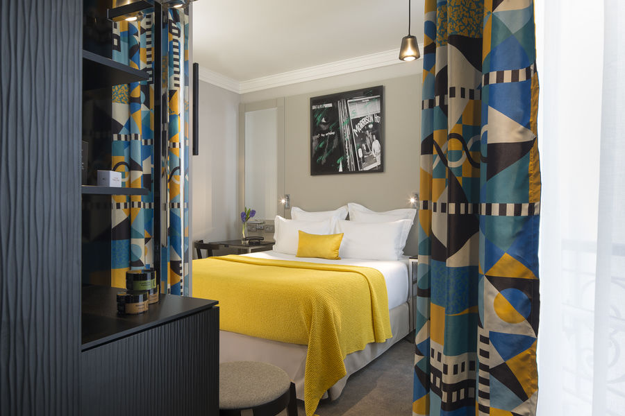 Les Matins de Paris **** Chambre Classique