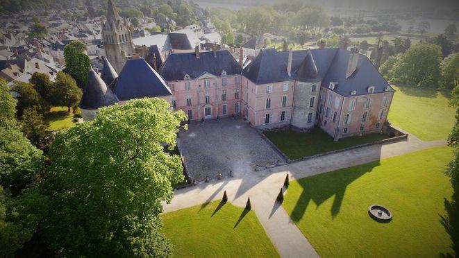 Château de Meung sur Loire côté XVIIIe