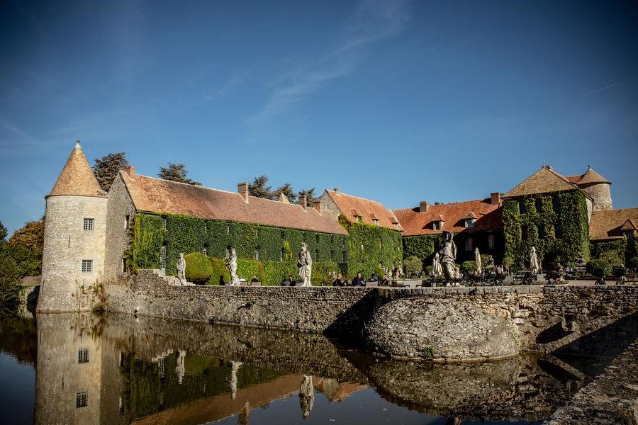 Château de Villiers-le-Mahieu Mieux qu'un hôtel, une maison de campagne aux portes de Paris