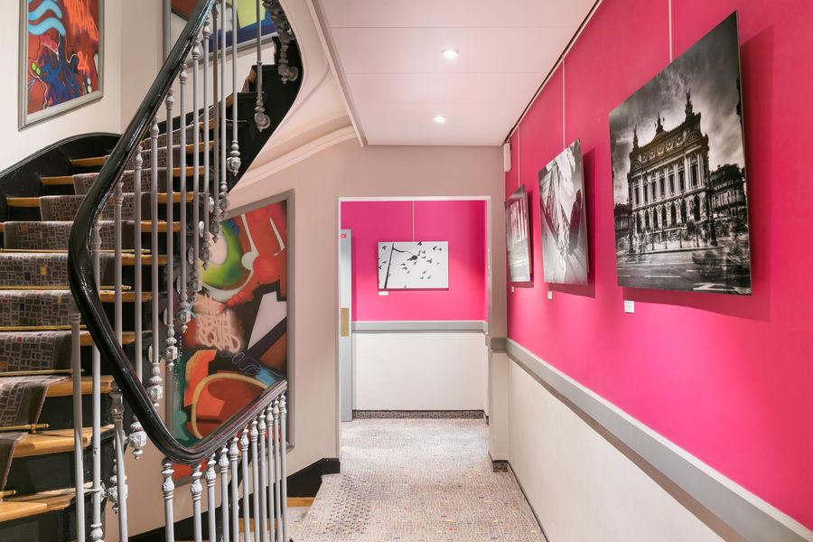 Le Cardinal Hotel By HappyCulture  Couloir, Escalier principale