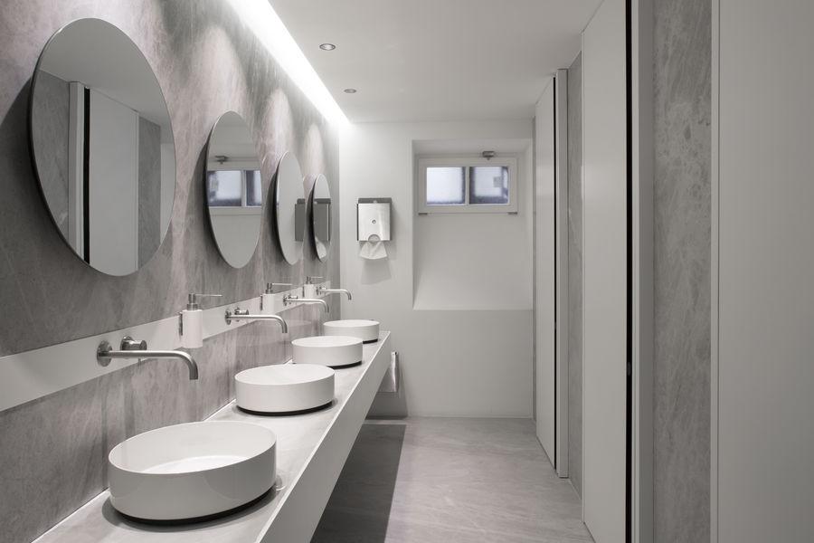 5Cirque  Toilettes