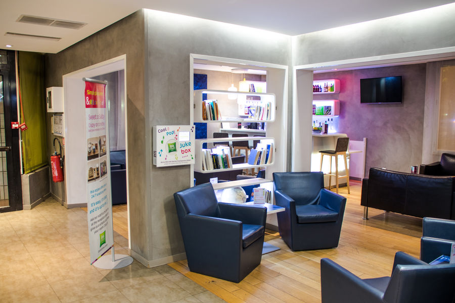 Ibis Styles Paris Tolbiac Bibliotheque Lobby