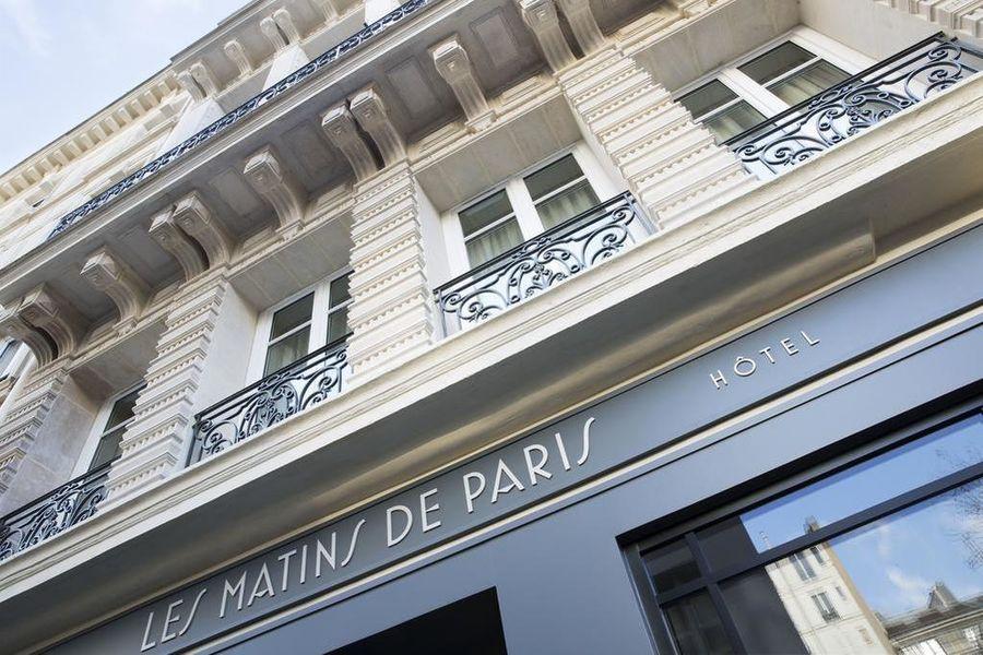 Les Matins de Paris **** Extérieur