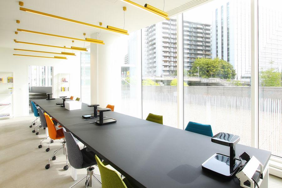 Icone Space Salle de réunion Library / 10-15 pax