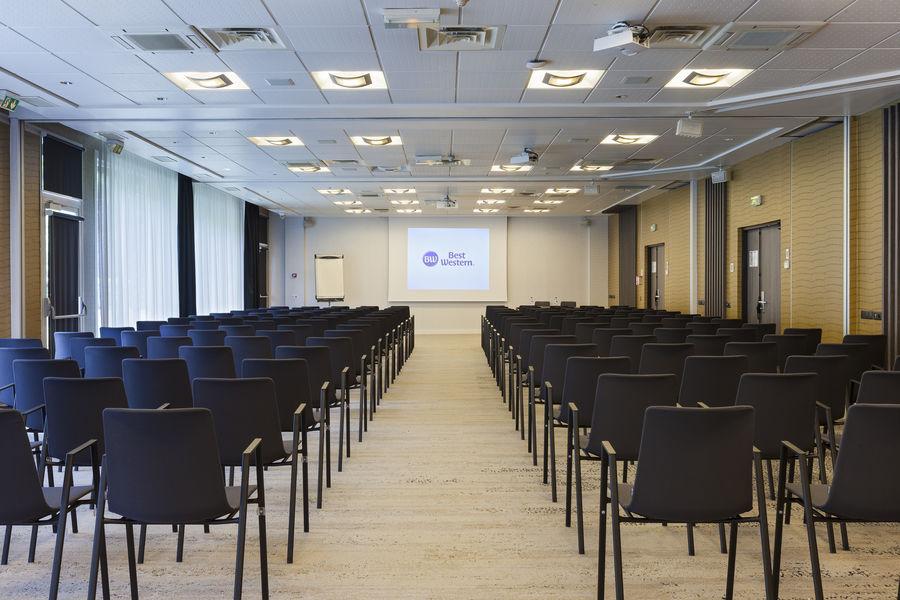Best Western Paris CDG Airport **** Salle plénière (212m²) Miami 4