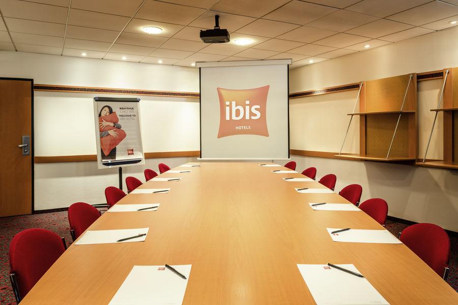 Ibis Paris 17 Clichy-Batignolles *** Salle de séminaire