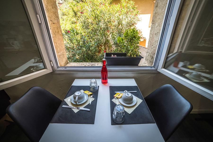 BDX Hôtel*** Bordeaux Salle de petit-déjeuner