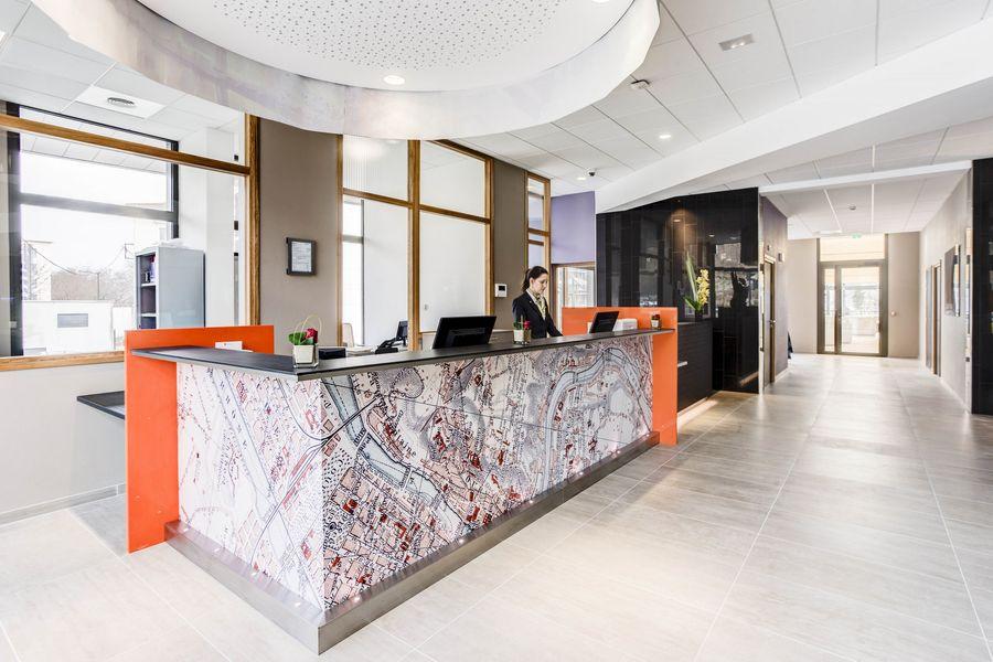 Hôtel ParkSaône reception