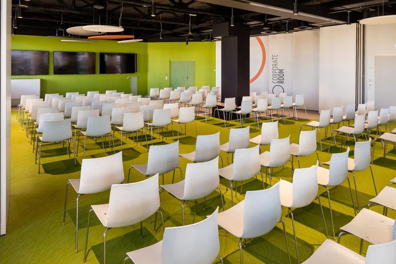 Smartroom, des événements sur mesure Corporate room 170 personnes