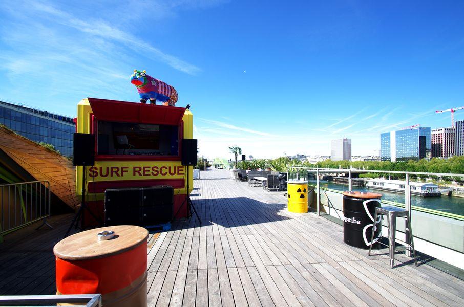 Café Oz Rooftop Terrasse