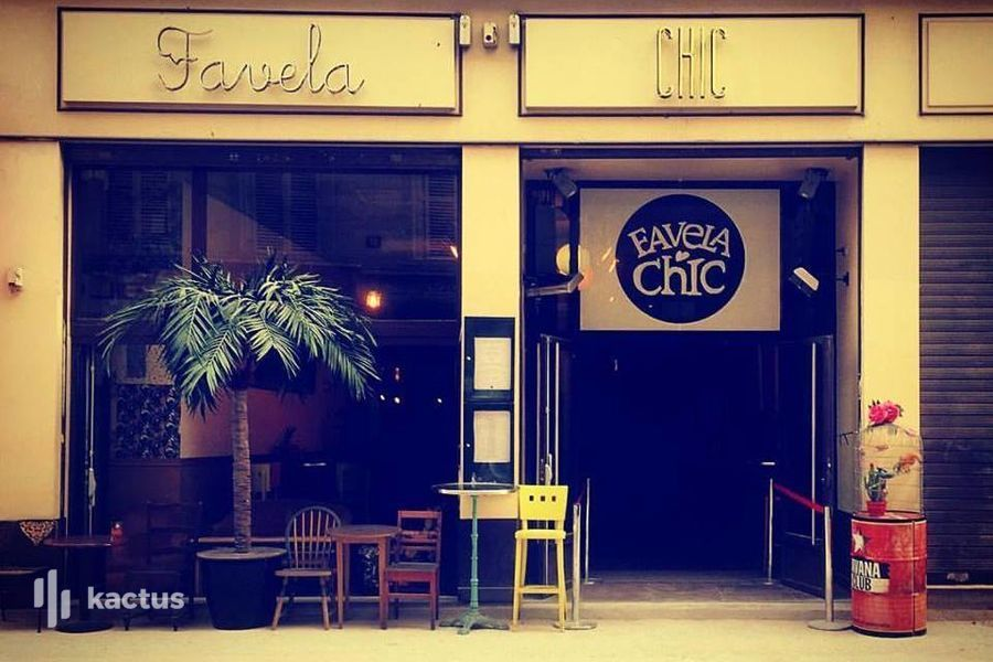 Favela Chic Pop-up Galerie
