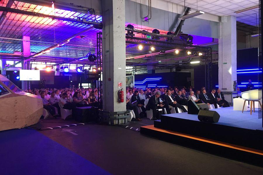 Ground Control Halle Event (Configuration Conférence)