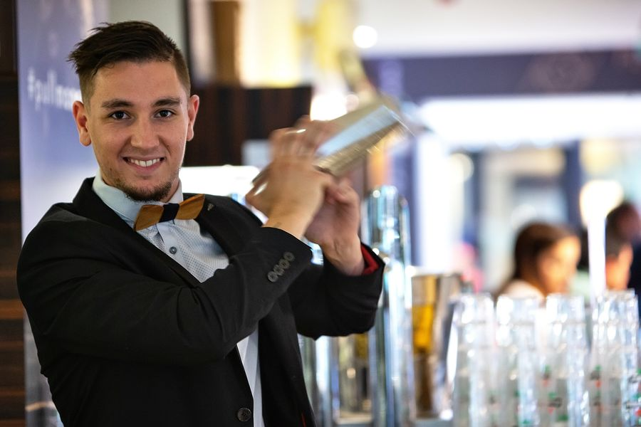 Pullman Toulouse Centre ***** Barman