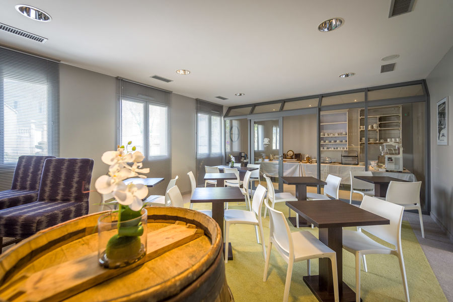 Domaine de Roiffé *** Buffet petit-déjeuner et salle