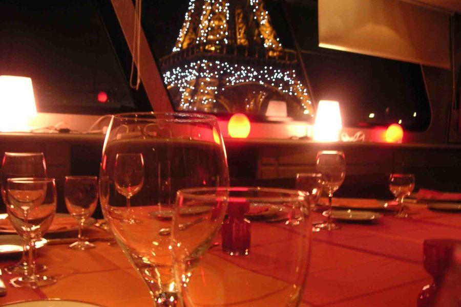 La Péniche Eiffel Cocktail soirée