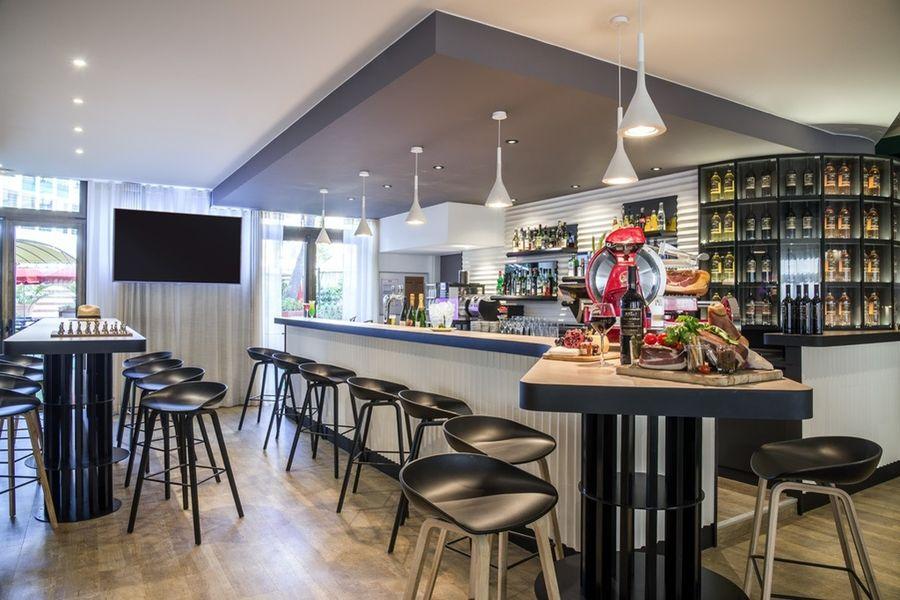 Novotel Nice Centre **** Bar