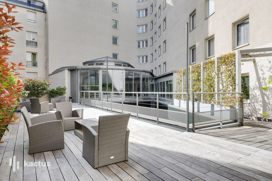 Holiday Inn Paris - Porte De Clichy **** 9