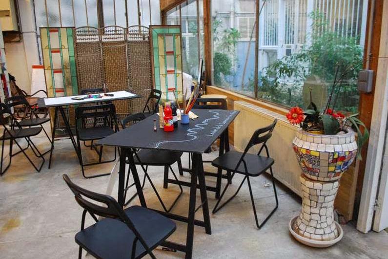 Atelier Fil Rouge  KIt Créativité : post it, pastels, pinceaux, divers papiers, ect .. tout pour rêver