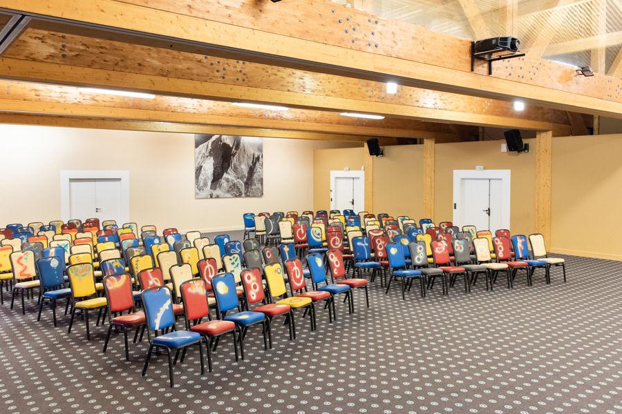 Chalet Hôtel Le Prieuré *** Salle de conférence
