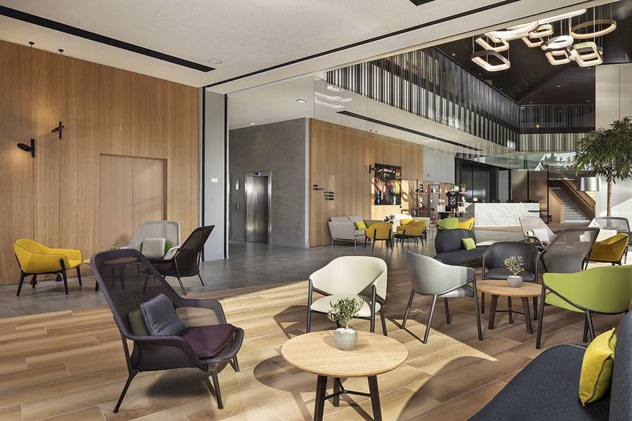 Innside by Melia Paris Charles de Gaulle Open Living Lounge