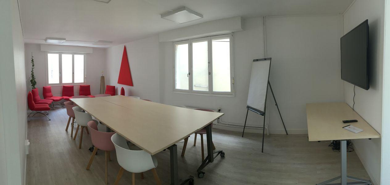 Salons 8ème Sens - Angers Béclard Salle Rouge - en complément de la salle du RDC ou de la salle verte