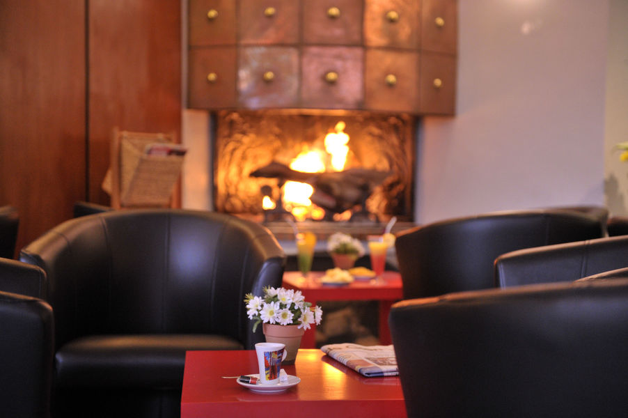 Azureva Sainte Montaine en Sologne *** Bar, espace cosy