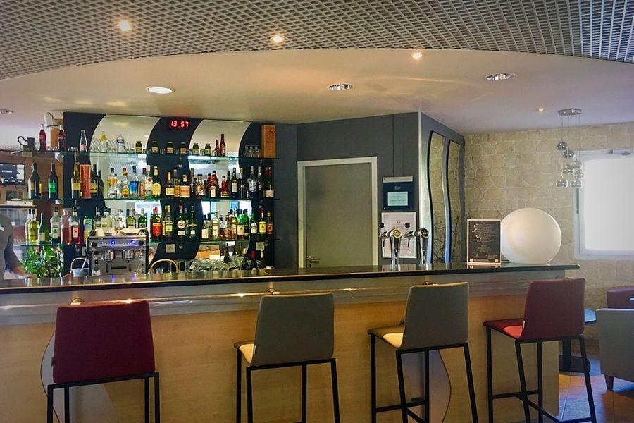 Domaine des Fontaines *** Bar de l'hotel