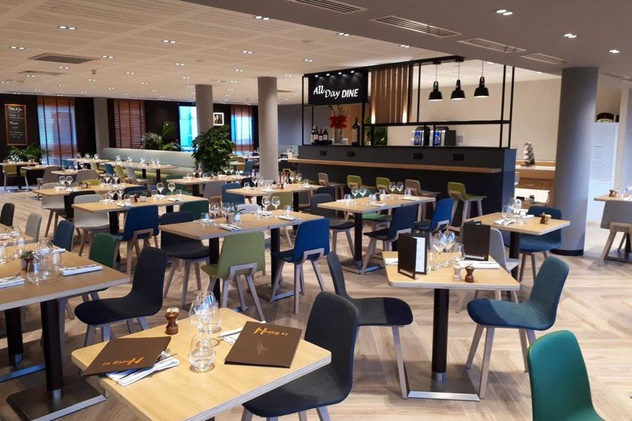 Holiday Inn Bordeaux Sud Pessac **** Restaurant Le Bistrot 14