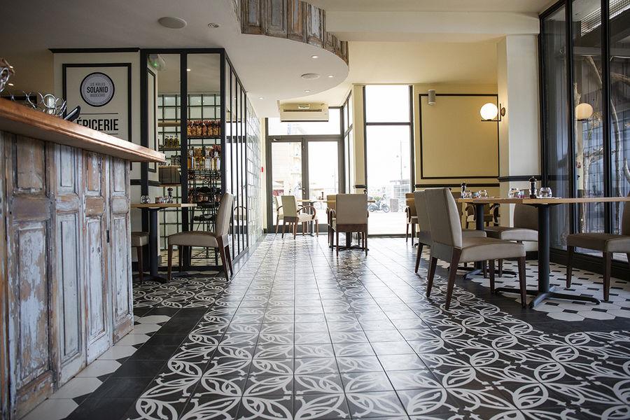 Hôtel Port Marine *** 6