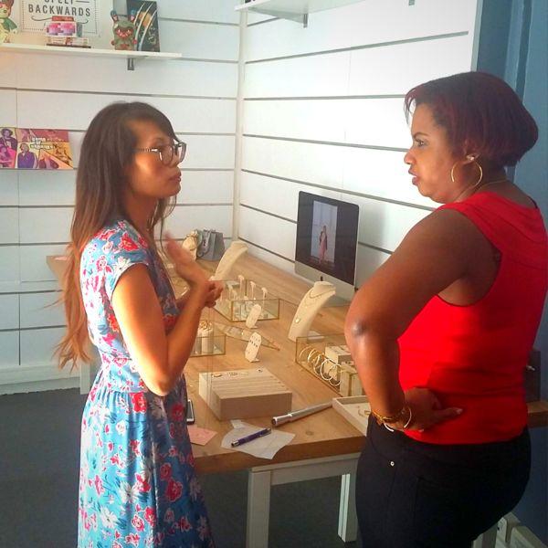 Otaf Charonne Lors d'une privatisation par une créatrice de bijoux, pour pop-up store, en week-end.