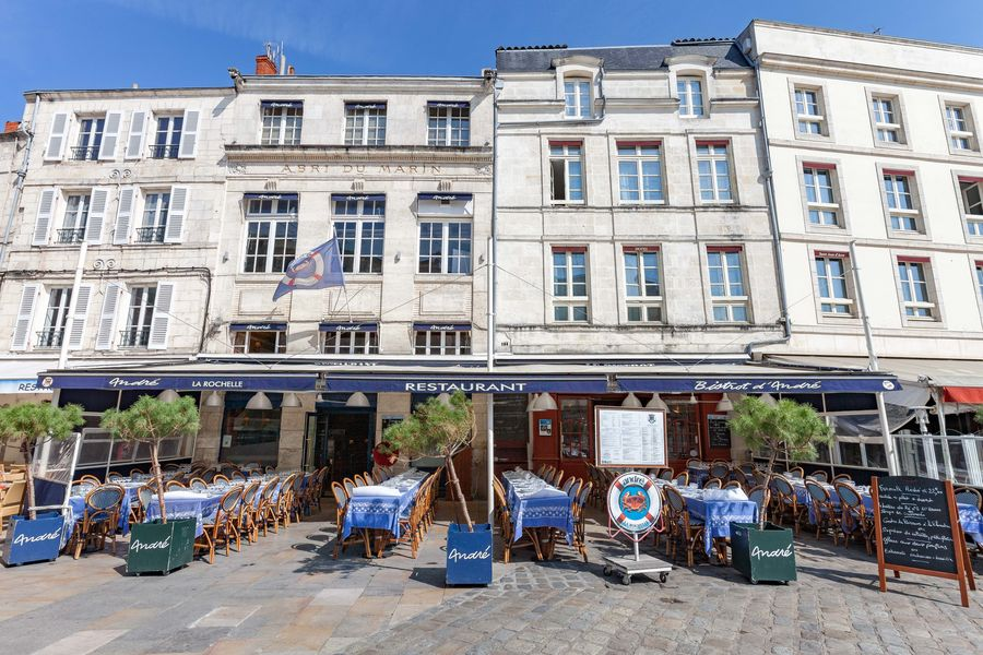 Le Bar André 23