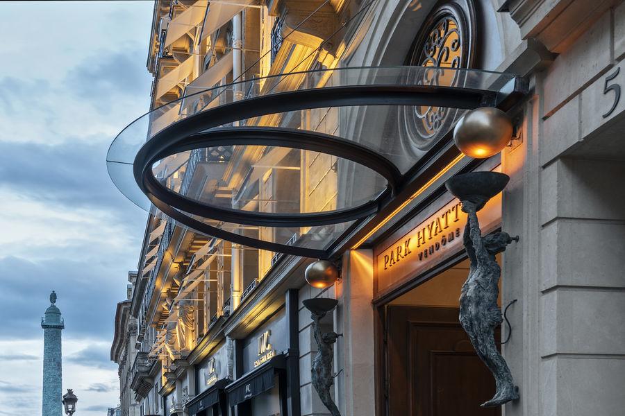 Park Hyatt Paris-Vendôme ***** Façade night