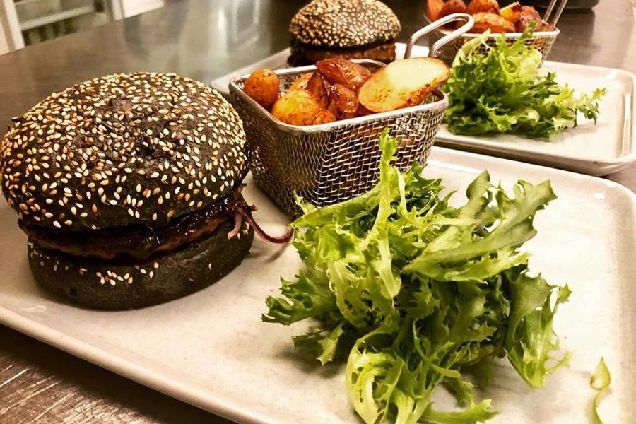 Mercure Beaune Centre **** Black Burger (signature M7)