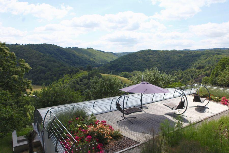 La Ferme du Cayla Vue panoramique sur la Vallée du Célé