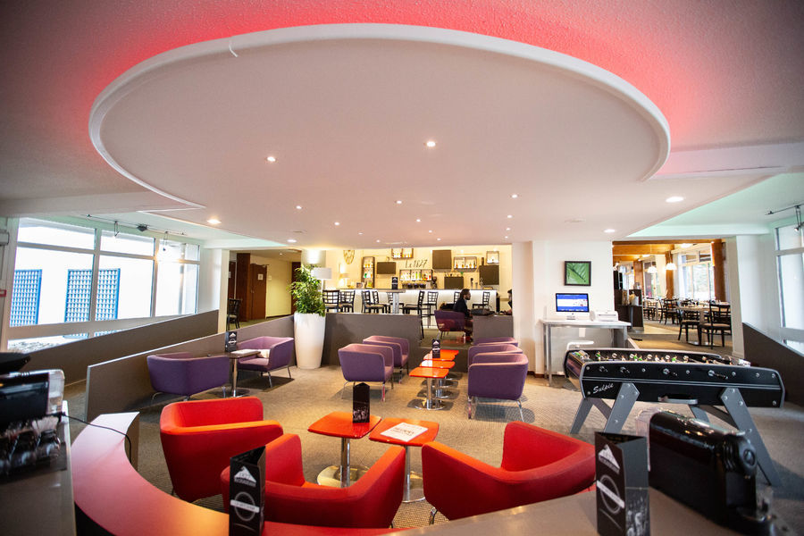 Best Western Saint-Etienne Porte du Forez  **** Hall de reception