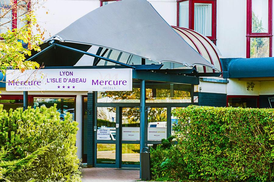 Hôtel Mercure Lyon L'Isle d'Abeau **** Entrée hôtel