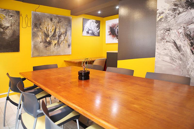 L'Usine Café & Coworking Meeting room