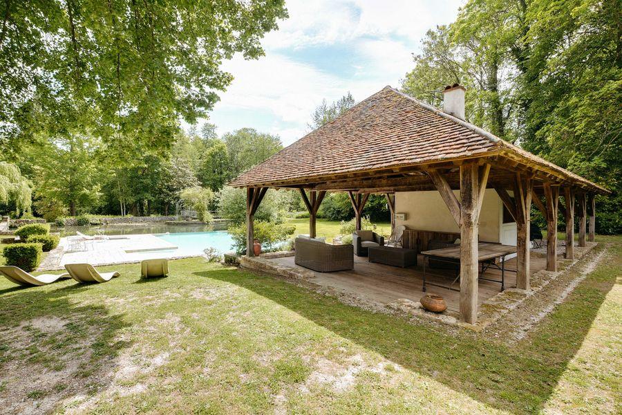 Moulin de Launoy Pool house