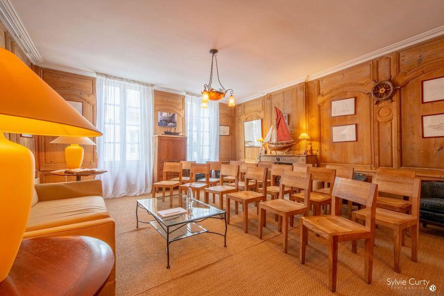 Le Bar André Salon Amiral