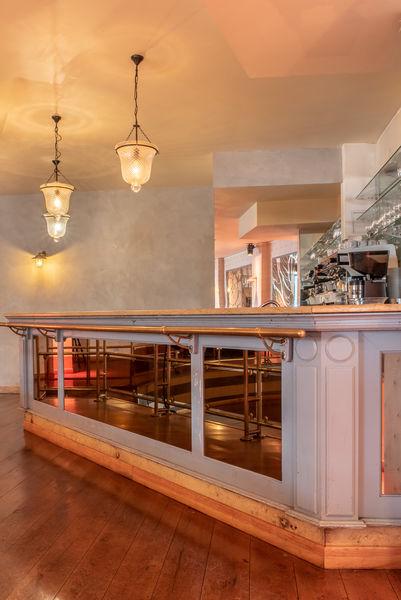 Villa Frochot Bar Salle Cabaret