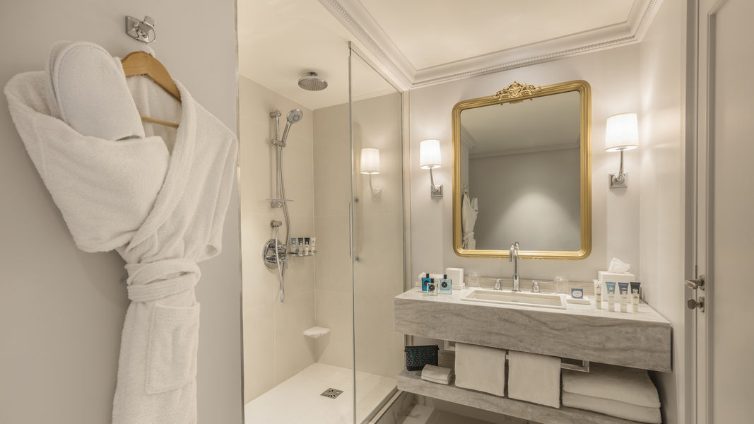Hôtel du Louvre ***** Bathroom