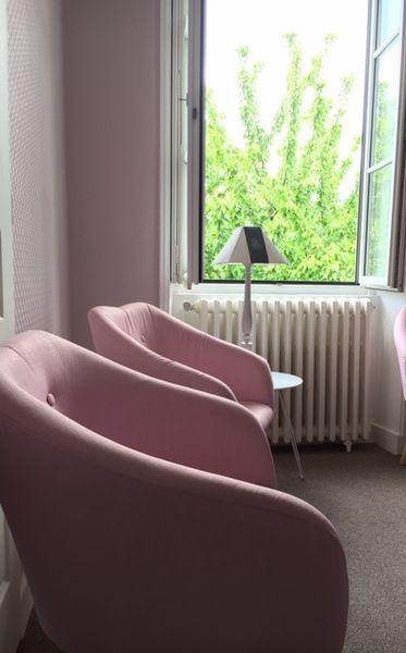 Salons 8ème Sens - REZE Salon Rose