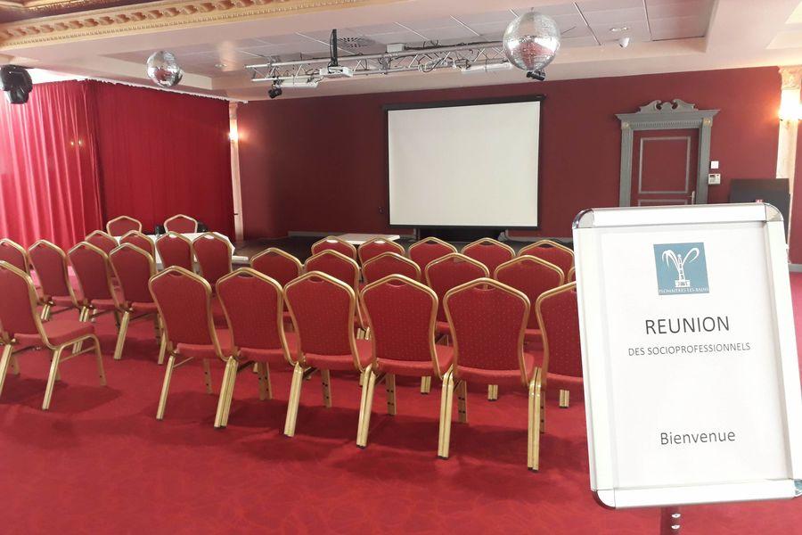 Casino - Plombières les Bains Salon Impérial - préparé pour une réunion publique