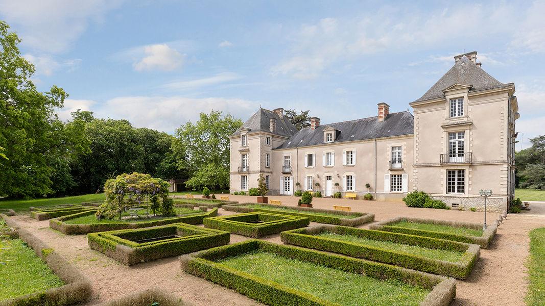 Château de Cop Choux  Jardins à la française