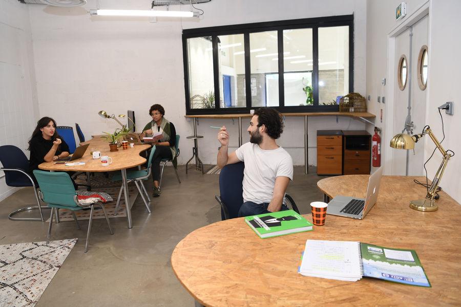 The Sun Project Espace Coworking - 10 Postes Résidents