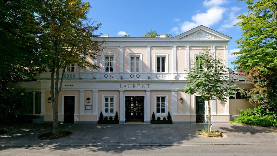 Restaurant Laurent Facade